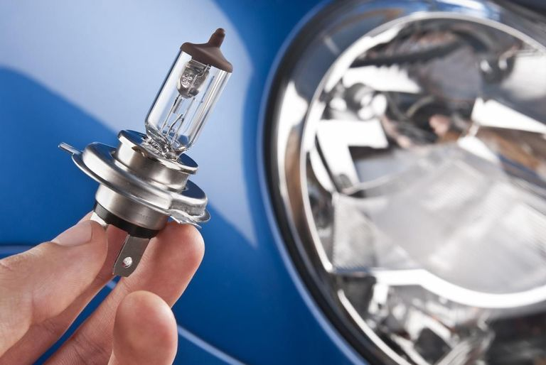 cleaning of halogen bulb